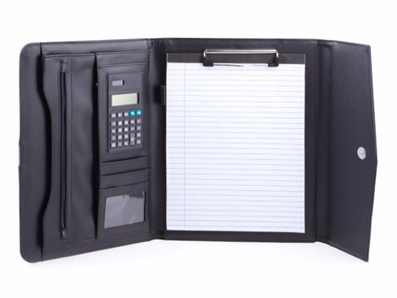 diplomat-poslovna-fascikla-od-termo-materijala-blok-a4-digitron-magnetna-kopca-crna