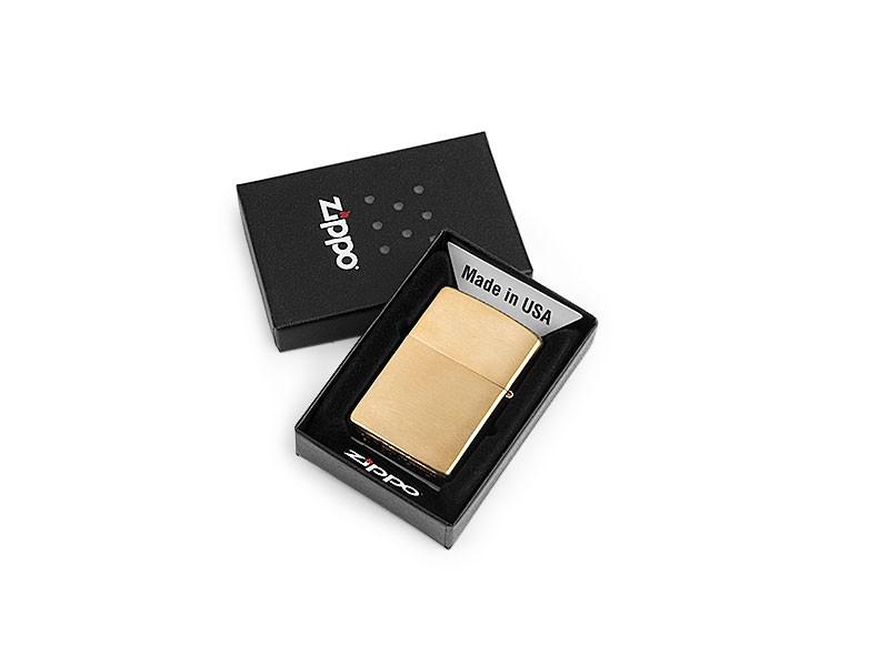 reklamni-materijal-metalni-upaljaci-zippo-204-b-pakovanje